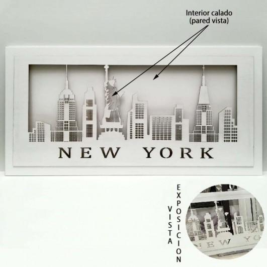 Cuadro NEW YORK en madera blanca y...