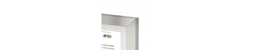 Cuadros y marcos a medida | Molduras de madera | Cualquier enmarcado
